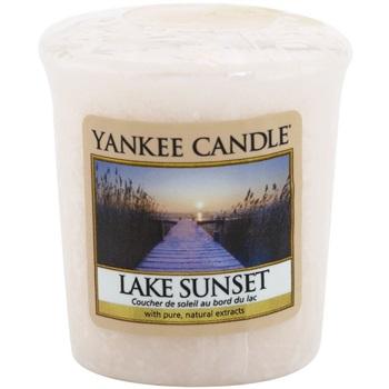 Yankee Candle Lake Sunset votivní svíčka 49 g