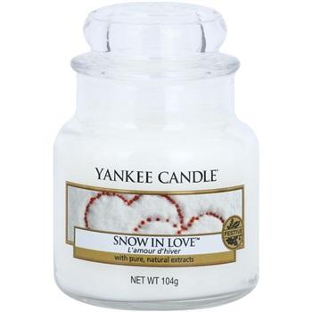 Yankee Candle Snow in Love vonná svíčka 104 g Classic malá